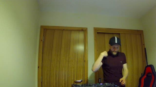 Danceparty247 - Gordon Gambell Live