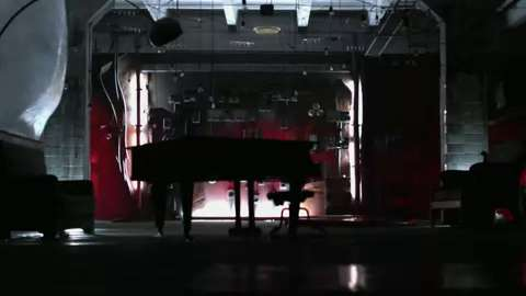 Korr-A - Fiyacraka  (Official Music Video)